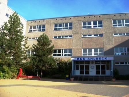 Schule Vorne